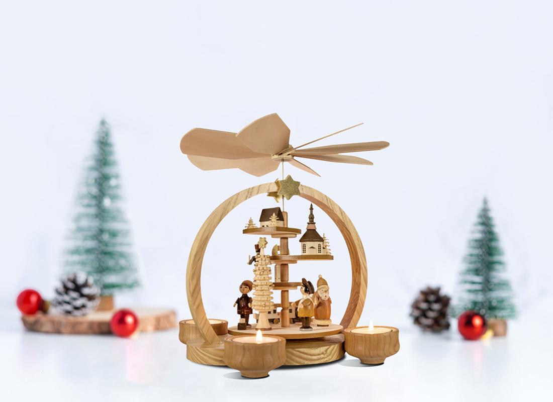 Small Christmas pyramid natural colored