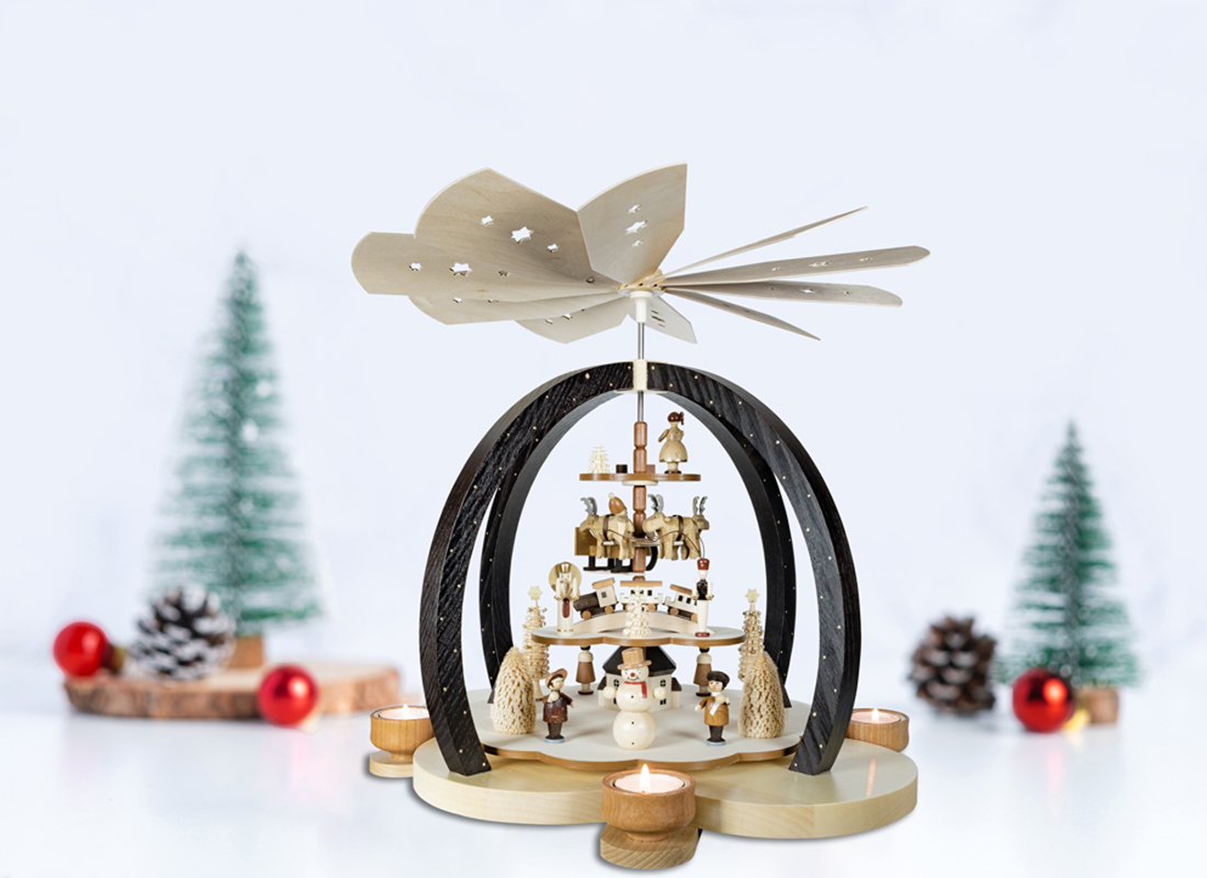 """Big Christmas pyramid """"Charm of clouds"""" natural colored"""